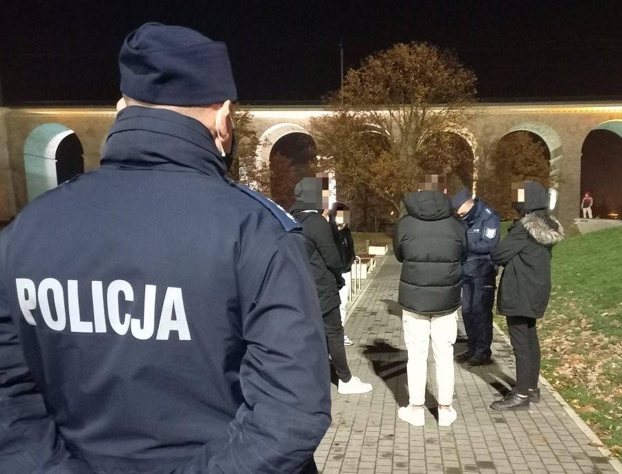 Kontrola policji na Wiadukt Plaza