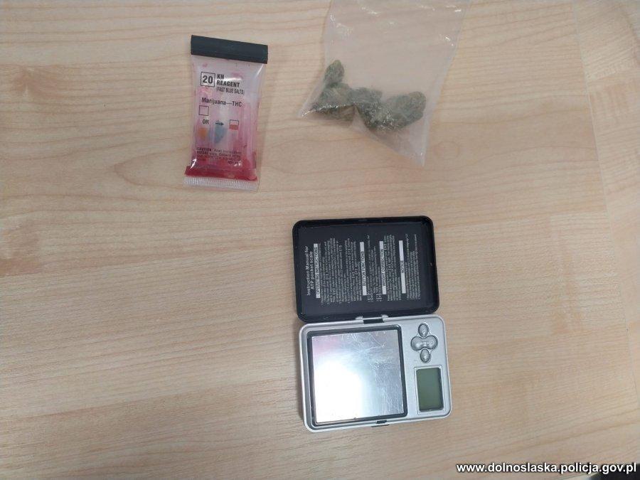 Podejrzany i marihuana