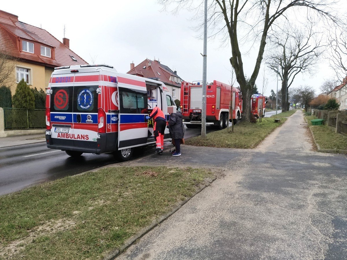 Akcja straży pożarnej przy Kosiby 10