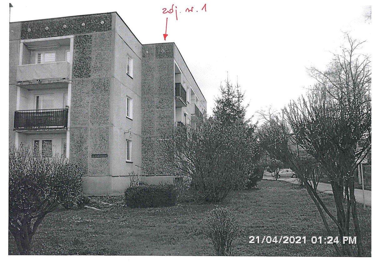 Zdjęcia budynku przy ulicy Wańkowicza w Bolesławcu
