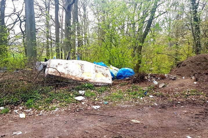 Śmieci w Warcie Bolesławieckiej