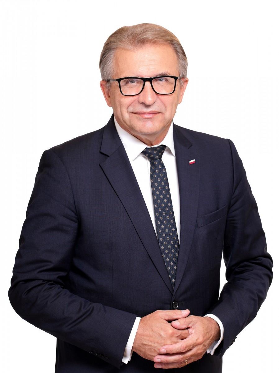 Sesję sejmiku województwa i debatę dotyczącą Raportu o Stanie Województwa Dolnośląskiego 2020 prowadzi Przewodniczący Sejmiku, Andrzej Jaroch