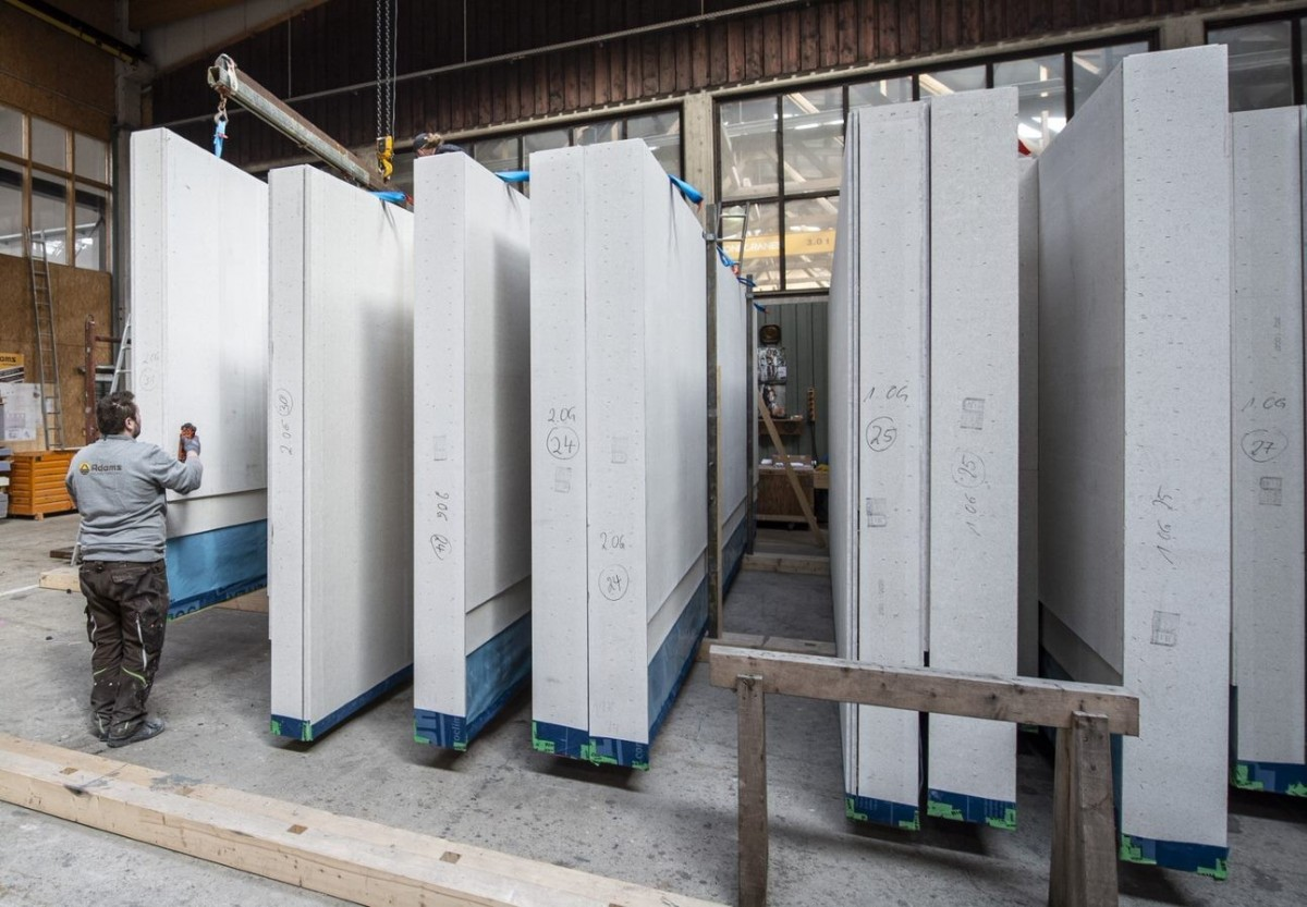 Płyty gipsowo-włóknowe jako ekonomiczna alternatywa dla płyt drewnopochodnych