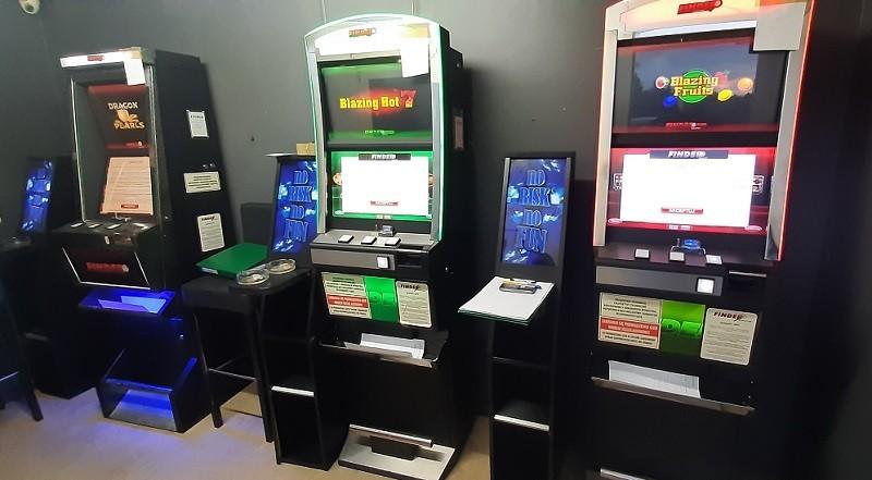 Automaty przechwycone przez KAS