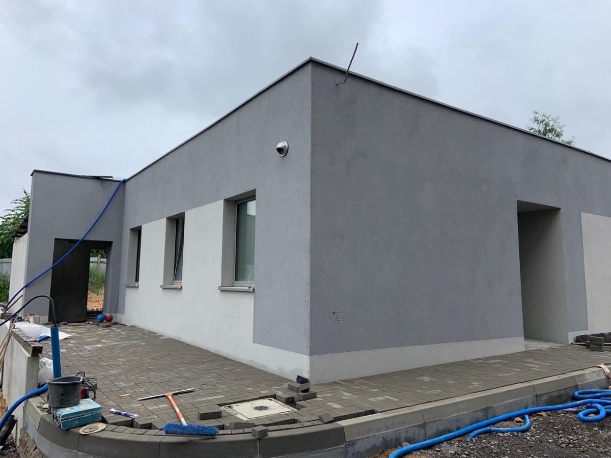 Prace przy budowie nowej komendy policji w Bolesławcu