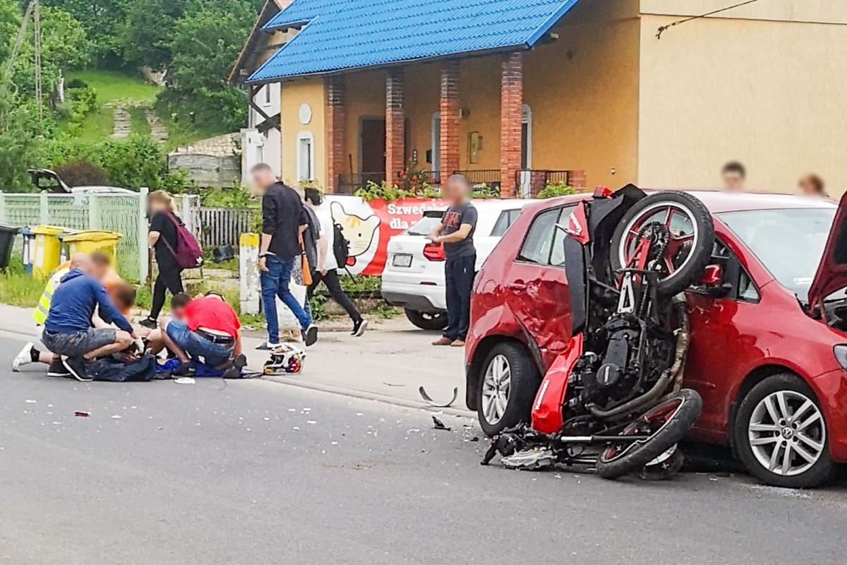 Zderzenie motocykla z autem w Raciborowicach