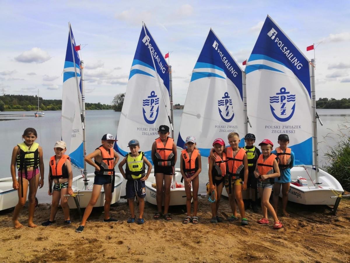 Zapisz się na bezpłatne zajęcia żeglarskie dla dzieci i dla rodzin