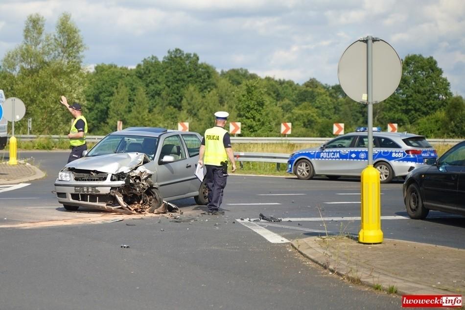 Motocyklista zginął po zderzeniu z autem